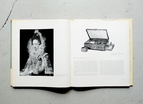 ALTER SCHMUCK / Die Kunst des europaischen Schmuckes