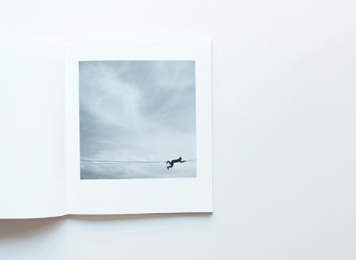 創造の記録(野口里佳 著  加藤勝也 ブックデザイン roshin books)