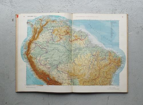 WORLD GEOGRAPHIC ATLAS